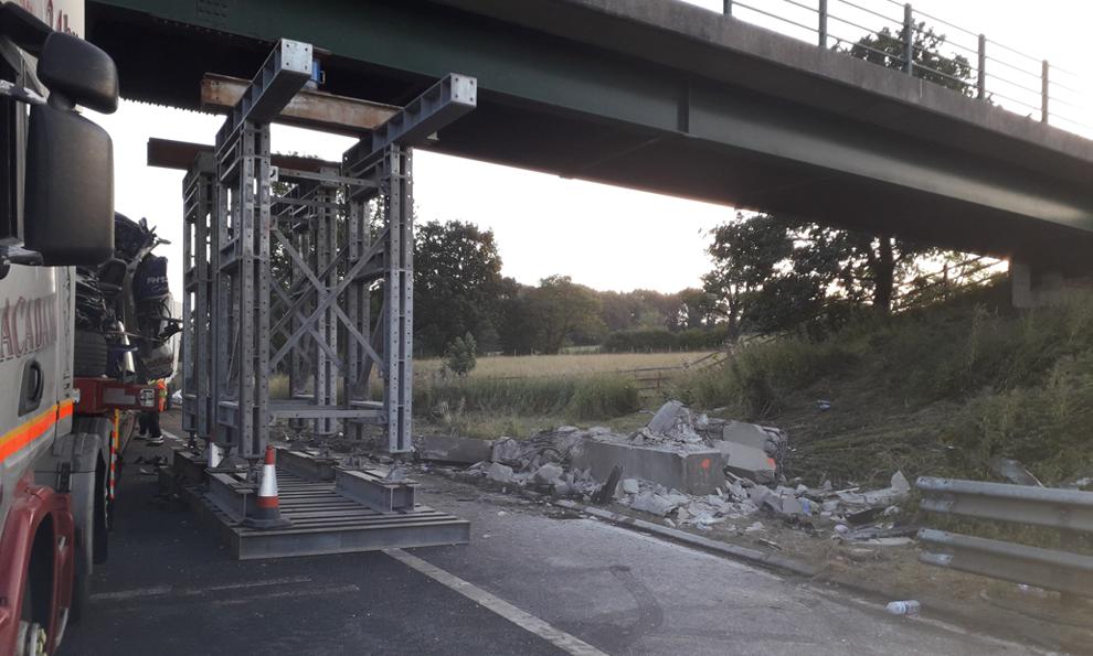 M6 bridge strike bridge propping after a vehicle hit a bridge pier