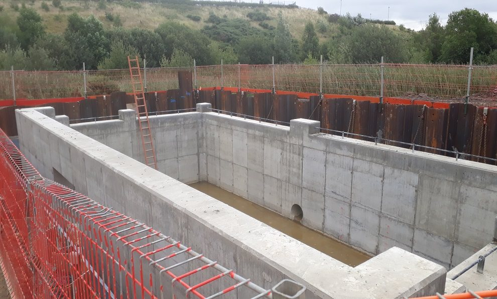 Rectangular concrete basement using formworks