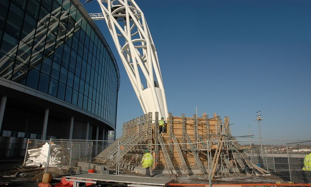 Formwork concrete slab for Wembley Stadium arch