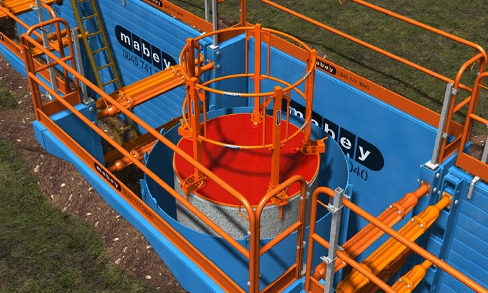 Manhole Safety Platform sitting on a concrete manhole ring