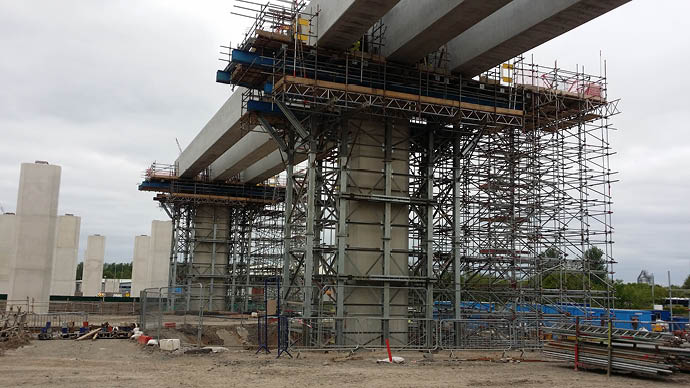 Mersey Gateway being propped by MU Towers temporary works equipment